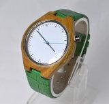 Het aangepaste Houten Horloge van de Manchet van het Leer van het Embleem Groene Echte