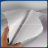 Colle blanche de jet d'encre de l'eau de vinyle auto-adhésif de base de film lustrée