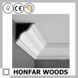 Parte superiore di legno del cornicione di semplicità che modella per la decorazione interna