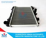 자동 차 OEM E358-15-200b/E5d09-15-200b를 위한 알루미늄 Mazda 방열기