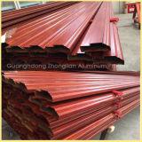 China-Aluminiumprofil-Fabrik, die hölzernen Korn-Aluminium-Strangpresßling angibt