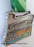 cascade湖のためのメダル、リレー、城砦の石の州立公園