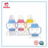 Бутылка молока качества еды пластичная с основанием 150ml цвета изменяя
