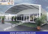 Большой и стеклянный шатер Archy