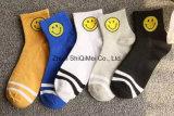 Qualität Soem-Service-Mann-und Frauen-Zoll gekämmte Baumwollglückliche lustige Socken