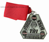 Medaglia di conquista d'argento dell'oggetto d'antiquariato molle dello smalto di maratona con il nastro