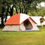 屋外のテントのキャンプテント浜のテント