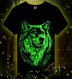 T-shirt rougeoyant d'impression de loup de bonne qualité de mode d'usine