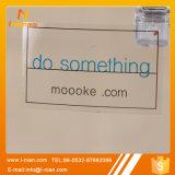 투명한 로고 스티커를 인쇄하는 관례