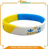 Anunciou o Wristband do silicone do logotipo da impressão