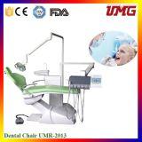 ヘルスケア装置のCastelliniの歯科椅子