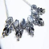Новый комплект ювелирных изделий браслета серьги ожерель способа смолаы черноты конструкции