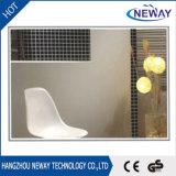 El espejo moderno simple del cuarto de baño con el LED enciende el espejo