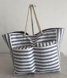 Jogo do saco da praia, feito da palha de papel