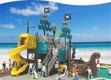 Campo da giuoco esterno di plastica dei bambini LLDPE di Seriers della nave di pirata di Kaiqi con le trasparenze e gli scalatori per il parco di divertimenti, sosta residenziale, hotel, asilo, hotel