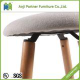 4개의 나무다리 (Hagibis)를 가진 최상 유럽 표준 직물 의자 의자