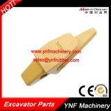 8e6464HD 6I6404 3G6304のための掘削機の予備品のバケツの歯ベース