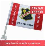 Carrinho nacional do sinal da praia do indicador que anuncia a bandeira relativa à promoção do carro