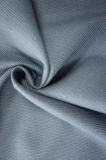 Un tessuto delle due di colori lane della saia