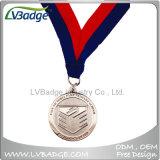 記念品はカスタマイズされたリボンが付いているメダルに金属をかぶせる