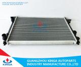 voor Tank van het Water van de Radiator van de Buis van MT van Volkswagen Passat 1.8I/2.0I 1993 de Automobiele