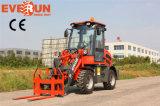 Chargeur compact approuvé de roue de l'outil Er08 de ferme de la CE de marque d'Everun mini avec des fourches d'herbe