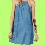 Сплетенное повелительницами платье краткости вечера джинсовой ткани переноса Chambray Высок-Шеи голубое