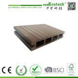 Верхний продавая деревянный пластичный составной Decking, самомоднейшие плитки Decking, водоустойчивый настил WPC напольный