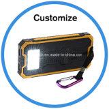 La Banca di energia solare con l'indicatore luminoso del LED