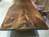 骨董品は設計する固体クルミの木製のダイニングテーブル(SD-012)を