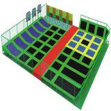 Trampoline macio interno do campo de jogos das crianças do divertimento do elogio de Vasia