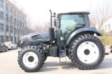 130HP 4WDの高品質の大きい農場トラクター