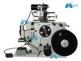 Machine d'étiquetage semi-automatique pneumatique à étiquette à bouteille plate (Gh-P150)