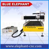 4 Mittellinien-Schreibtisch CNC, der Maschinen-hölzernen Fräser für Verkauf schnitzt