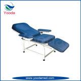 Chaise à quatre fonctions de collecte de sang avec deux moteurs
