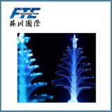 Árvore de Natal nevando colorida do diodo emissor de luz