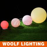 Bulbo ligero al aire libre de la bola del LED con la iluminación solar incorporada
