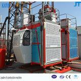 Grua elevada da construção da gaiola 50m do dobro da carga de Sc200/200 2t
