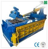 Automatische hydraulische Schrott-Ballenpresse für die Wiederverwertung der Mitte