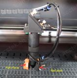 De Laser die van Co2 Scherpe Machine met de Rem Akj6040 graveren van de Voet
