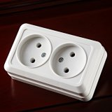 Enchufe de socket doble europeo 4102