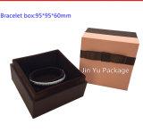Подгонянная роскошью коробка ювелирных изделий/привесная коробка/коробка браслета