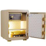Caja fuerte electrónica del hotel con la pantalla del LED