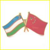 O ouro chapeou o metal esmaltado China e o Pin da bandeira de Vietnam