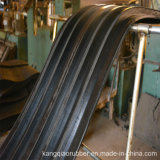 Parada de goma del agua del borde de acero con los orificios perforados a fijar