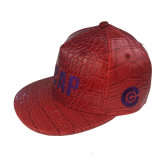 Casquillo de la PU del color rojo con bordado