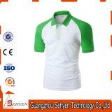 Sports élégants de logo de marque verts et T-shirt blanc de polo de coton