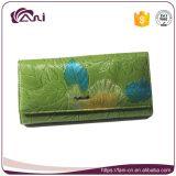 Бумажник с выбитыми листьями, бумажник новой модели женщин PU зеленого цвета кожаный