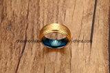 De hoge Poolse IP Ring van het Wolfram van Facted van het Gouden Plateren