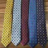 Gravatas clássicas da seda da impressão dos homens